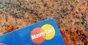 Kreditkarte statt Dispokredit